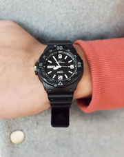13592 - 【CASIO】 <br> MRWJ-200H-1B2VDF <br> (1 color) <br>
