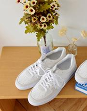 21303 - <b>4cm身長靴</b> <br>パンチングミックススニーカー<br> (5 mm) <br>